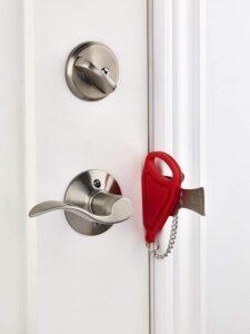 Top 6 Best Portable Travel Door Lock Reviews 2020